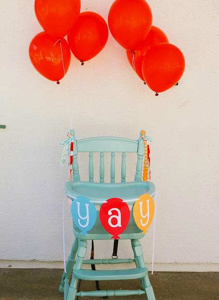 Bright And Happy Balloon High Chair