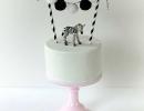 Mini zebra animal cake welcomes you to the jungle! | 10 Adorable Animal Cakes Part 2 - Tinyme Blog