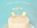 Cute DIY beach themed wedding cake toppers | 10 Adorable Cake Toppers Part 2 - Tinyme Blog