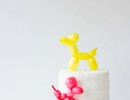 Absolutely stunning DIY balloon animal cake toppers | 10 Adorable Cake Toppers Part 3 - Tinyme Blog