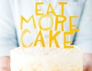 Cardstock message add an extra touch of sweetness to your cake! | 10 Adorable Cake Toppers Part 3 - Tinyme Blog