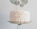 Silver Glittery Hearts cake topper | 10 Adorable Cake Toppers - Tinyme Blog