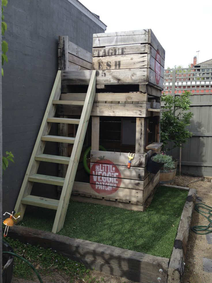 Super Cool Outdoor Cubby | 10 Amazingly Awesome Cubby Houses Part 2    Tinyme Blog