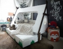 Awesome-looking toddler teepee bed under the stars | 10 Camp Themed Bedrooms - Tinyme Blog