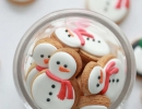 Perfect peanut butter cut-out cookie | 10 Christmas Cookies - Tinyme Blog