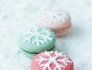 Captivating snowflake macaroons | 10 Christmas Cookies - Tinyme Blog
