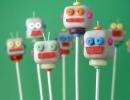 Super fun robots | 10 Creative Cake Pops - Tinyme Blog