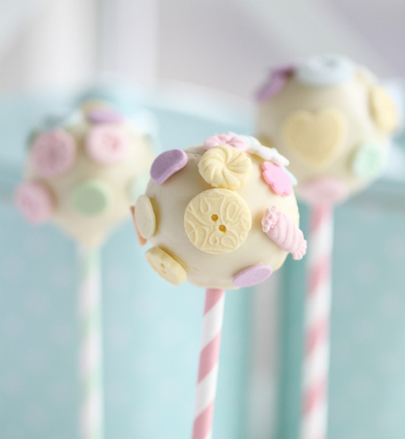 Images Of Cute Cake Pops : 10 Cute-as-a-button Cake Pops - Tinyme Blog