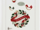 Christmas wall sticker surely brighten up any room | 10 DIY Christmas Wreaths - Tinyme Blog