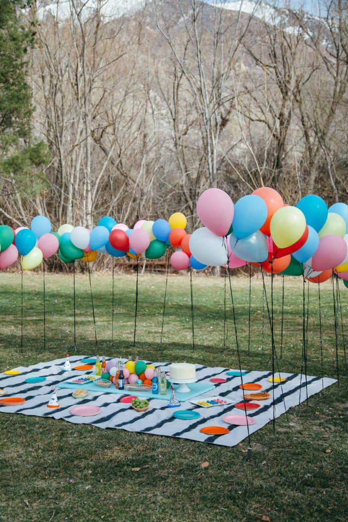 Colorful Ballon Filled Picnic | 10 Kids Backyard Party Ideas   Tinyme Blog