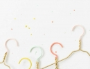 Simple and amazing DIY hanger in gold and pastel | 10 New Year Organisation Ideas - Tinyme Blog