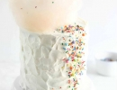 Fairy floss topped cake… delish! | 10 Super Sprinkles Cakes - Tinyme Blog