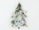 Sweet and natural holiday tree! | 10 Unusual Christmas Trees - Tinyme Blog
