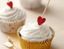 Arrow topped cupcakes is a perfect treat for your loved one | 10 Valentines Day Crafts - Tinyme Blog