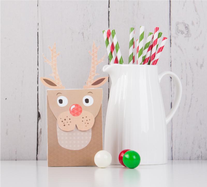 Free Reindeer Christmas Gift Bags - Tinyme Blog