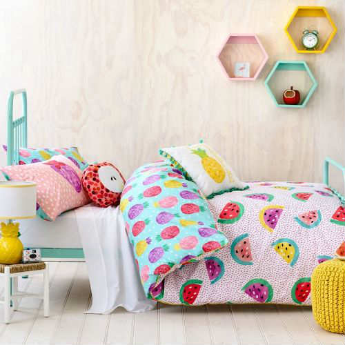 10 Tropical Kids Rooms