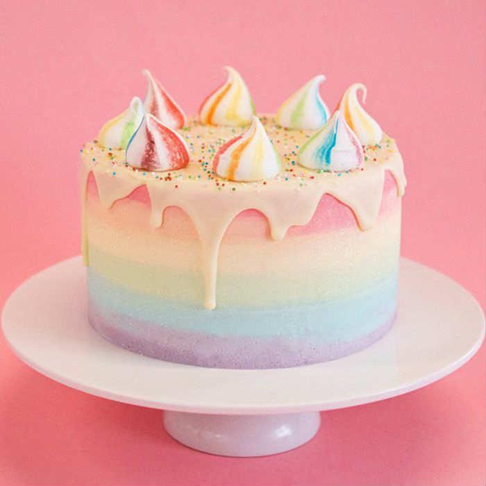 10 Amazing Drip Cakes